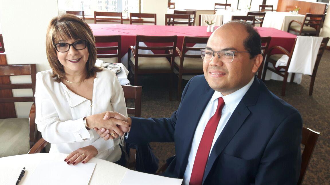 Firma convenio marco con la Rectora de la Universidad de Caraboo UC Jessy Divo